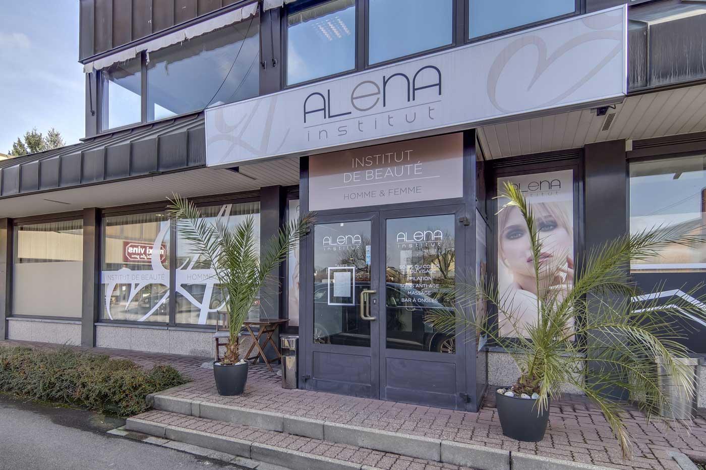 Alena Institut Outside